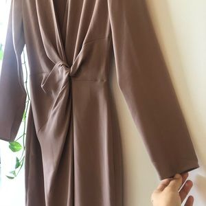Aritzia front twisted dress size XS